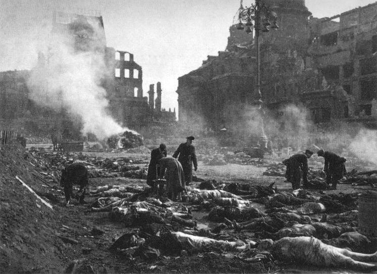 Dresden_1945-1